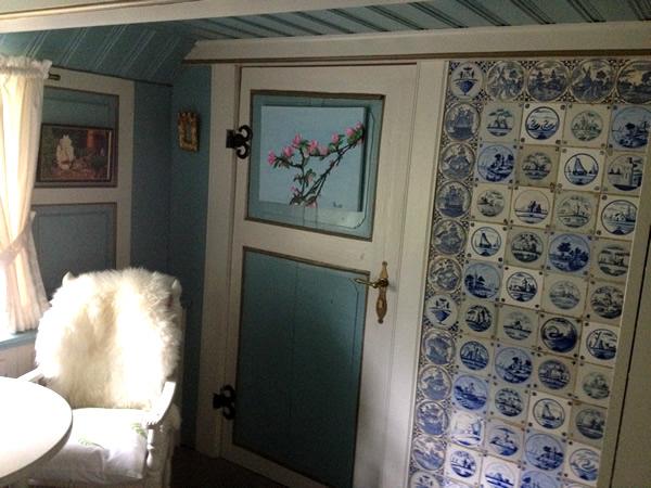historisches reetdachhaus vor sylt reetdach immobilien. Black Bedroom Furniture Sets. Home Design Ideas
